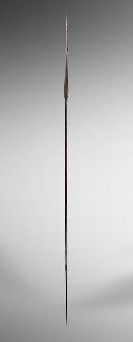 Old spear with Nguzu figure - Solomon Island