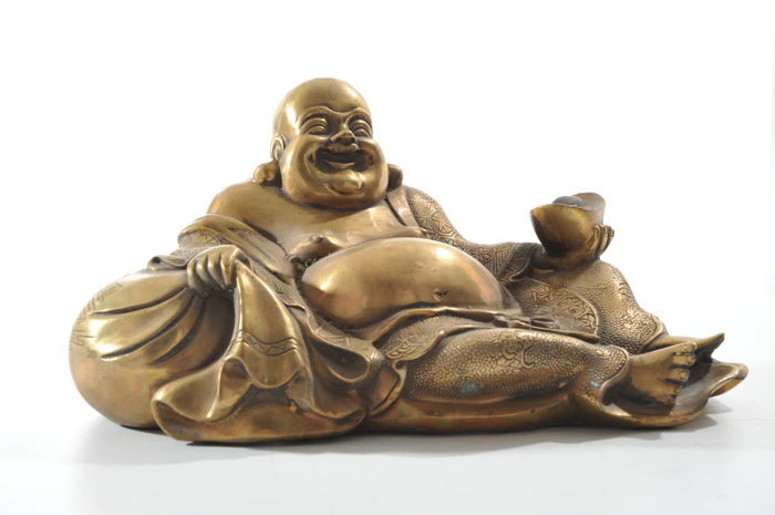 Relaxed Buddha Maitreya in bronze - China - late 20th century (28cm)