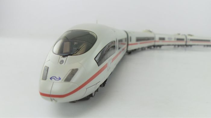 Märklin H0 - 37781 - Treinstel - ICE-3 BR 406 - NS International