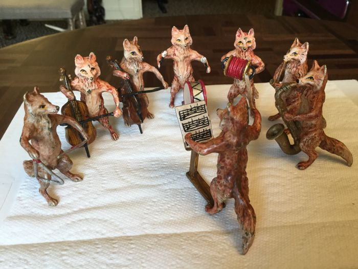 Bronze of Vienna - Orchestra of foxes - Marked B under 2 items - early 20th century