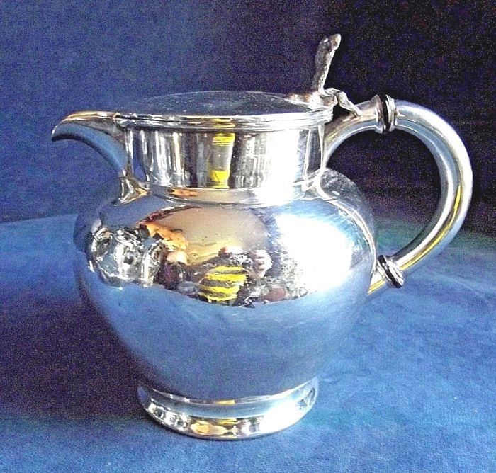 Antique silver plated teapot in Georgian style c. 1860