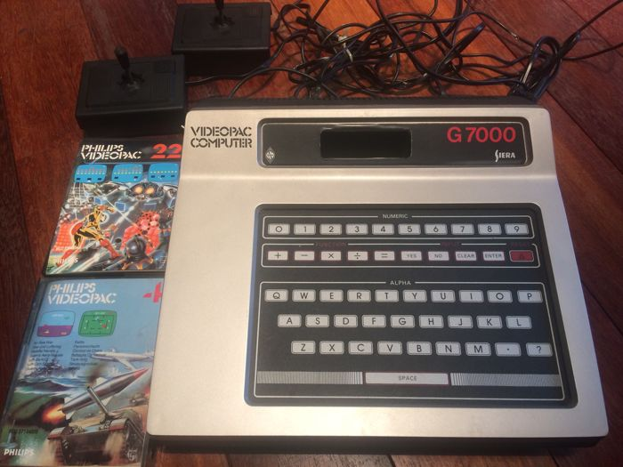 Philips Videopac G7000 with 2 games