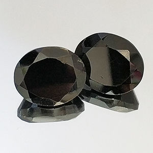 2 Black Spinel - 14.02 ct. - No Reserve Price