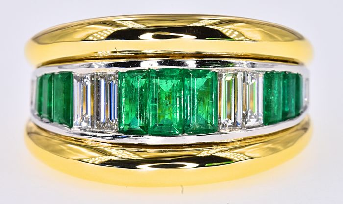 2 Ct Emeralds and Diamonds ring - No reserve price!