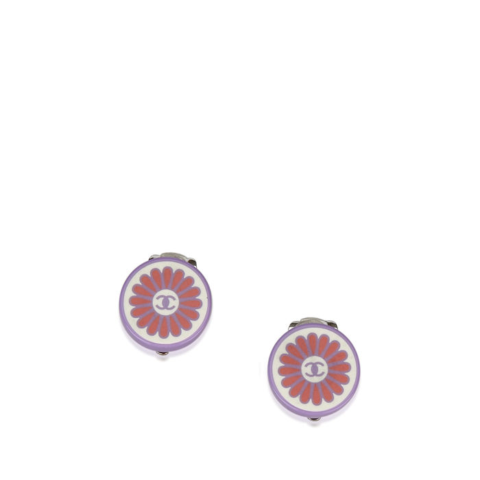 Chanel - Flower CC Clip on Earrings