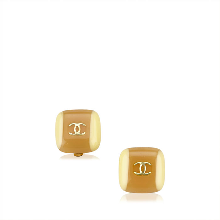 Chanel - CC Enamel Clip On Earrings