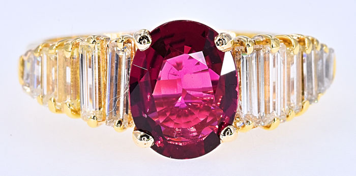 4.21 Ct Pink Tourmaline with Diamonds ring - No reserve price!