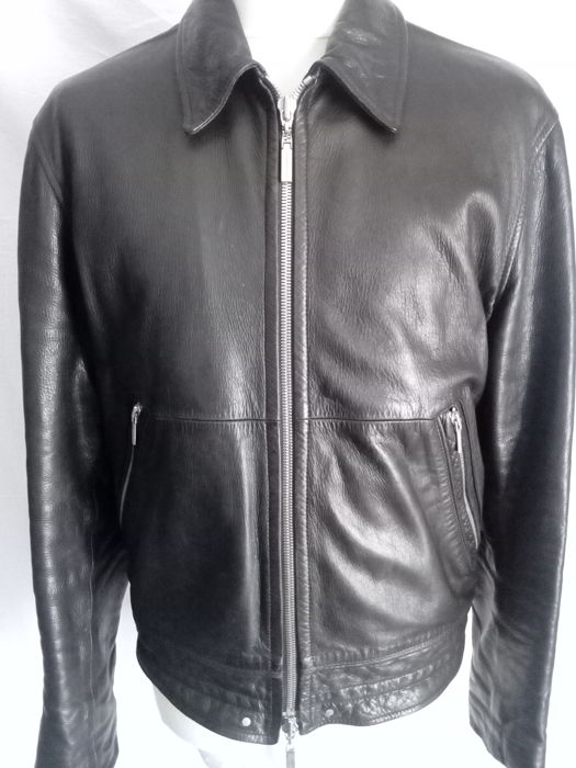 c76fc543d VERSACE LEATHER JACKET - Catawiki