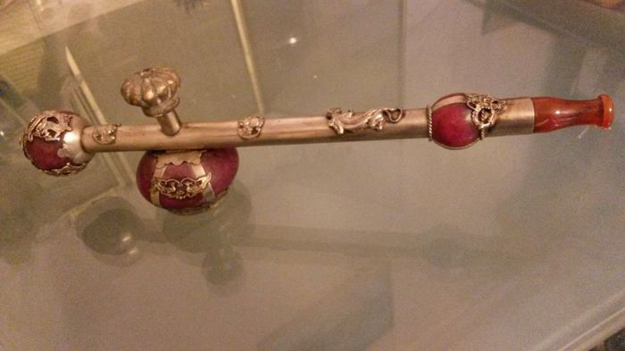 Opium pipe from jade and brass silver-plated with animal motifs - China beginning of the 20th century