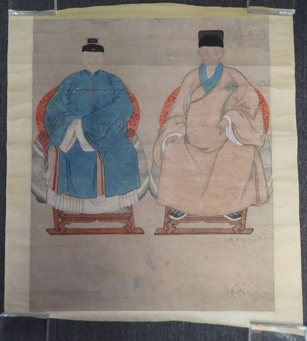 Ancestor portraits of a couple  - China - late 19th century