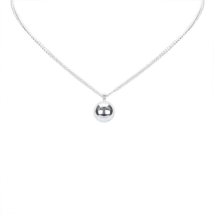 Chanel silver ball pendant necklace catawiki chanel silver ball pendant necklace aloadofball Images