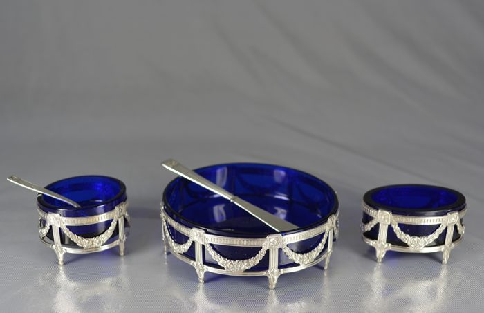 """individual"" condiment serving set, silver and blue glass, Europe, 20th century"