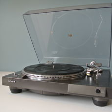 SONY PS-x 3 High End turntable (1977) direct drive/quartz with Shure M95EDM cartridge.