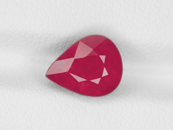 Ruby - 3.29 ct
