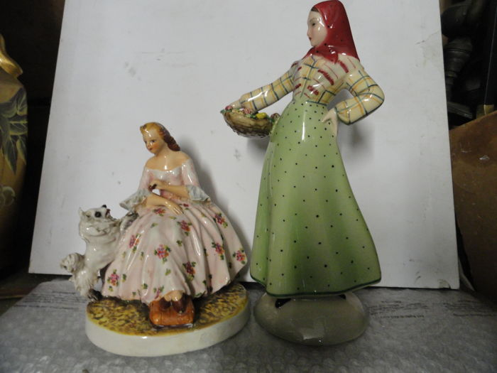 Carlo Mollica and Eugenio Pattarino - 2 figurines of women
