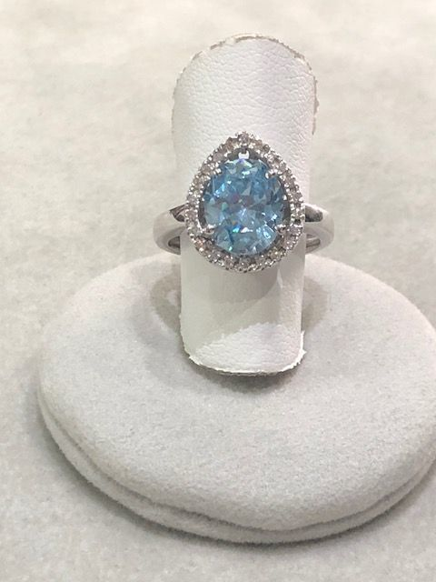 White gold ring (18 kt) with diamonds and aquamarine - Size 16