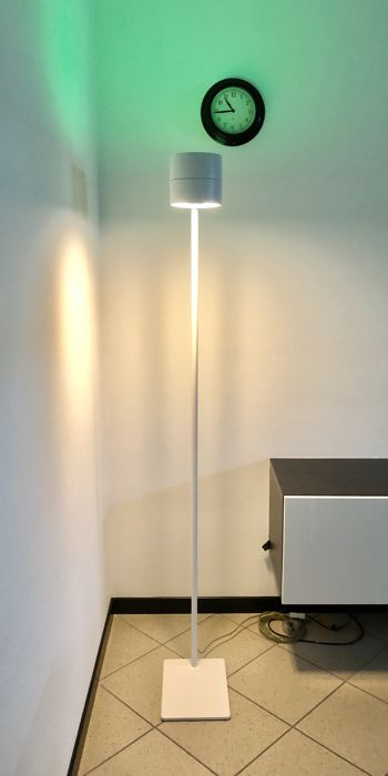 Decoma Design for Sensai - 'Wood floor 172' floor lamp with audio bluetooth - White varnished ash wood made in Italy
