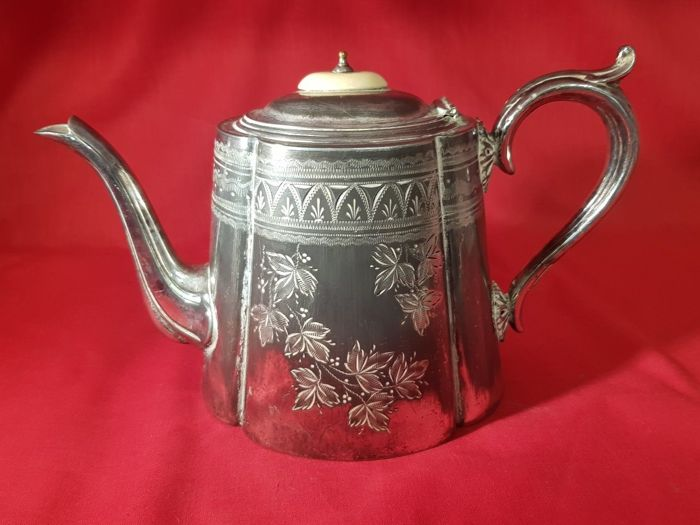 Antique Victorian silver plated teapot decorated with engravings - by Richards Richardson of Sheffield
