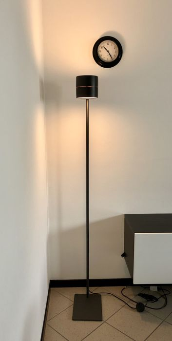 Decoma Design for Sensai - Wood floor 172 lamp - wenge paint - made in Italy