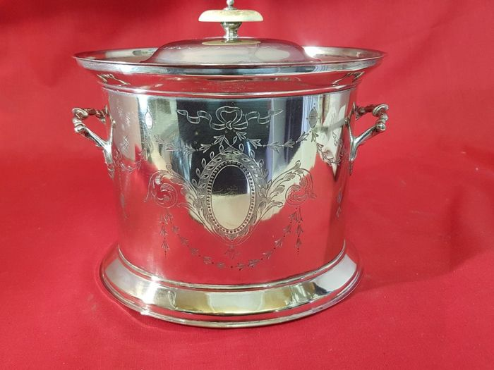 Silver plated Cookie, finely decorated, with lid - by J. Gilbert and Sons