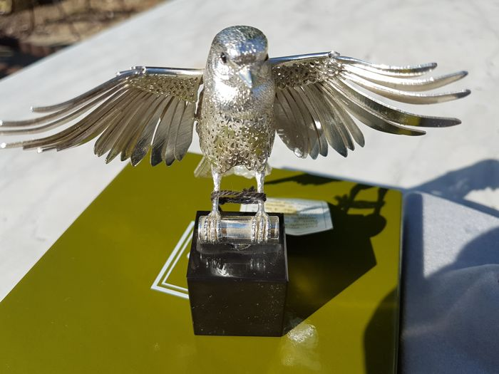 """Silver company: Christofle """"Lumière"""" silver collection """"the open-winged nightingale"""" essentially like new, kept in display case"""
