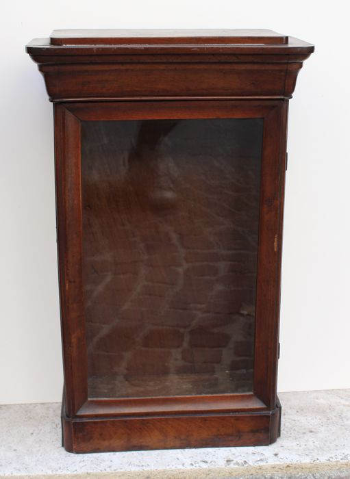 Small mahogany countertop or wall display cabinet - France - 19th century