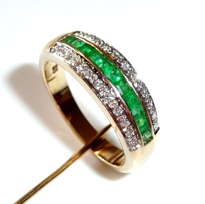 Rings 14 kt / 585 gold approx. 0.60 ct square cut emeralds + 0.22 ct diamonds, ring size 55 - adjustable