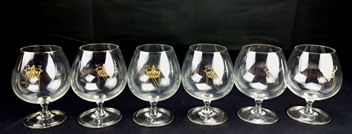 Baccarat (attributed) - Set composed of 6 crystal glasses for alcohol