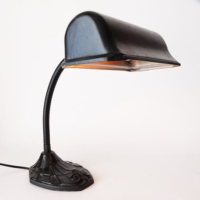 Art Deco notary lamp/desk lamp with swan neck