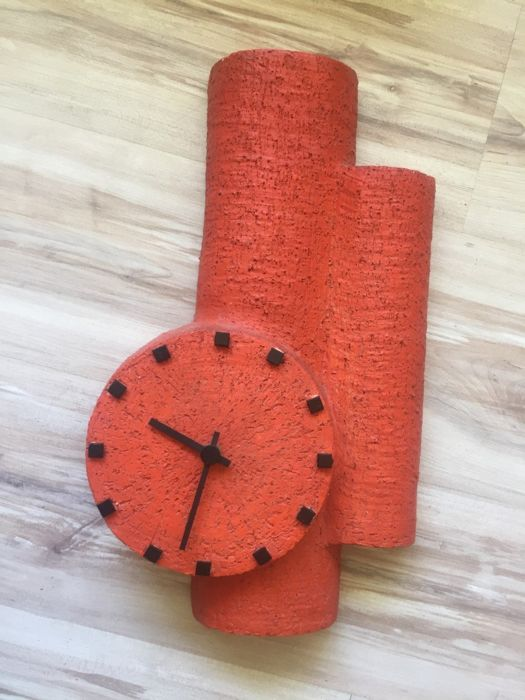 A Retro style clock - hand-made - Earthenware