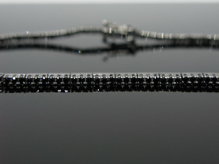 "18 kt White gold ""PVD BLACK"" unisex tennis bracelet set with 120 black diamond round-cut ct 1,20 tot. Measurement 18 cm - no reserve price"