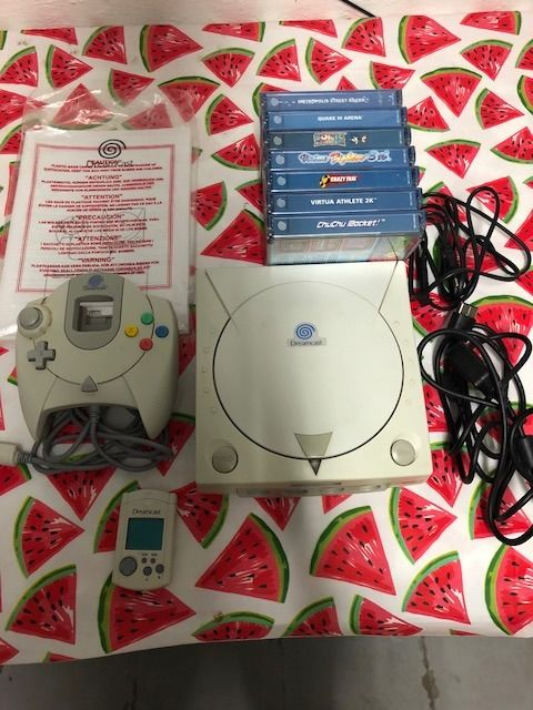 Sega Dreamcast with 7 games