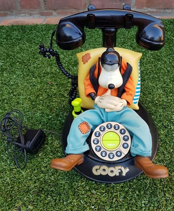 Disney's Goofy telephone, unique model, also talks!