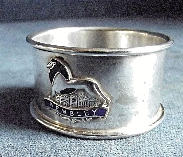 Important and rare English silver plated napkin holder ~ Wembly Exhibition ~ 1924/25
