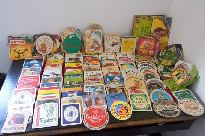 Coasters for beer Lot of about 270 advertising coasters. Art coasters for beer Vintage and recent.