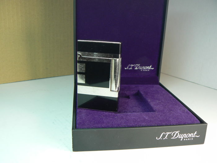 Dupont lighter line D, Chinese lacquer and palladium plated