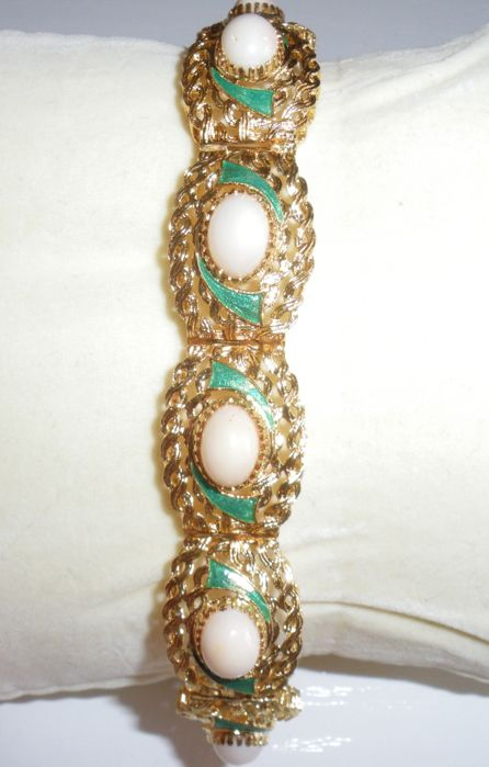 18 kt gold bracelet, weight 27.98 g, with semi-precious stones and enamel