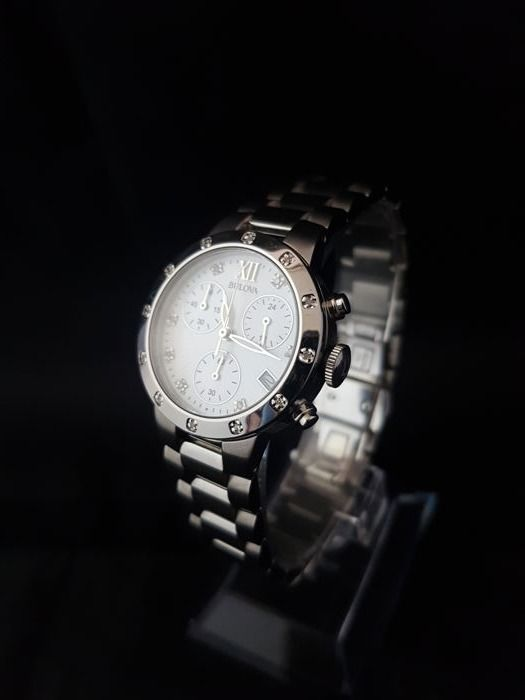 Bulova - Mother of Pearl - Diamond - Chronograph  - 96W202 - Dames - 2011-heden