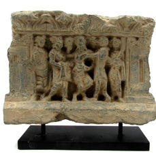 Gandhara Schiste Panel with Queen Maya and the birth of Buddha.  - 21.5x16cm