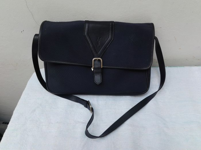a067e1b5db1d Yves Saint Laurent Crossbody bag - Vintage - Catawiki