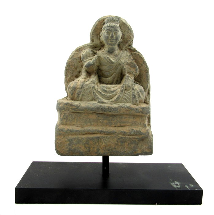 Gandhara Schilfersteen Panel with Seated Buddha on Stand - 12x8.4cm