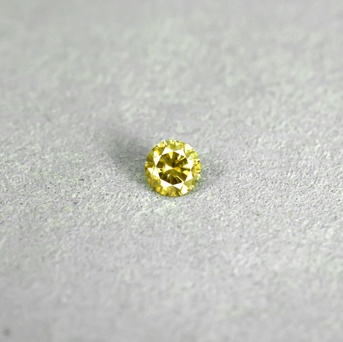 Natural Fancy Intense Brownish Yellow Diamond - 0.32 ct, NO RESERVE PRICE - Excellent Cut