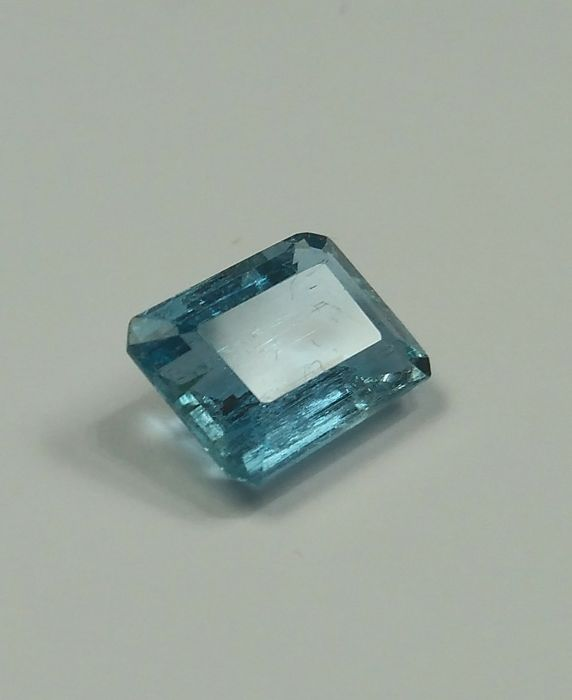Aquamarine, 3.91 ct - No Reserve