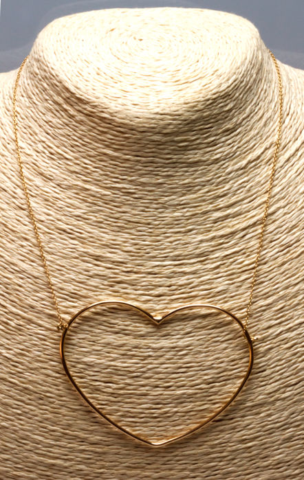Necklace in 18 kt yellow gold with chain and heart shaped pendant