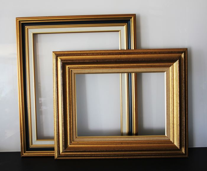 Two gilded wood frames - 52.5 x 44.5 cm and 49.5 x 40 cm