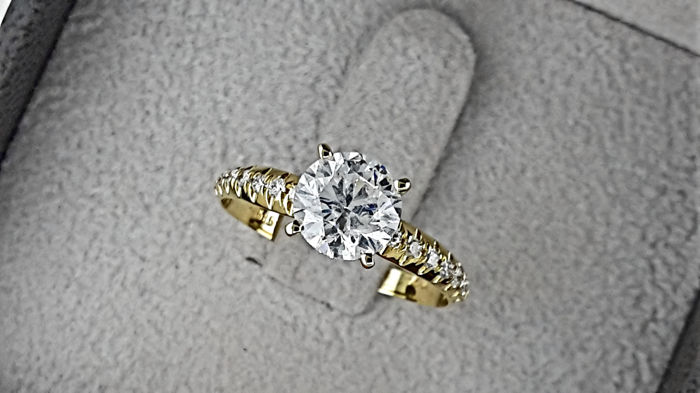 1.43 ct round diamond ring in yellow gold 14 kt *** NO RESERVE PRICE **