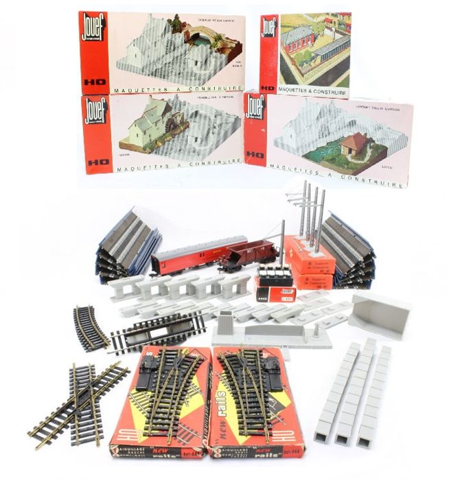 Jouef H0 - 1012/1015/e.a. - Freight carriage, Tracks - Substitutes, pillars, ramps, building kits & masts