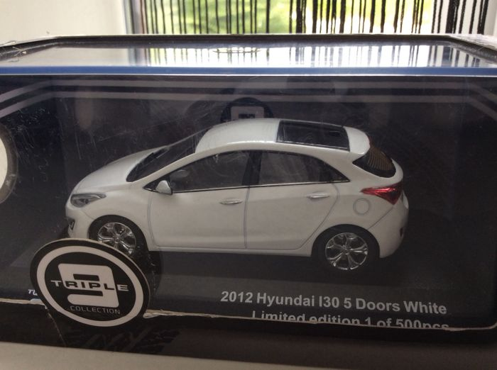Other - Other - Triple9 - Scale 1/43 - Hyundai i30 - 5 doors - Limited 500 pcs - 2012