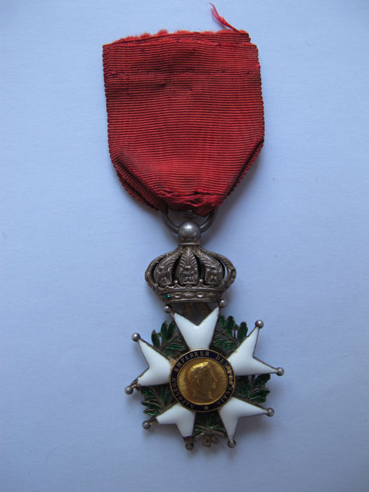 Original Croix de Chevalier de la Légion d'Honneur from the 2nd Empire (1852-1870) - France' highest decoration, created by Napoléon I