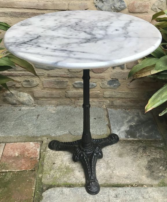 Round garden table in marble/cast iron - Italy - ca. 1950s